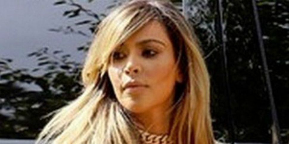 Kim Kardashian goes blonde
