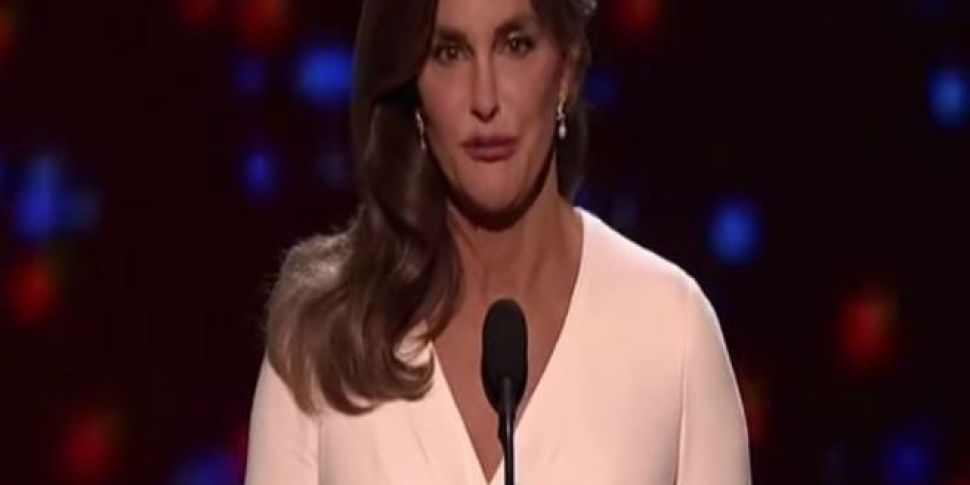 Caitlyn Jenner Wins Courage Aw...