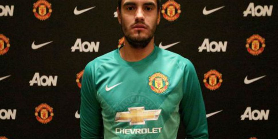 Man Utd Sign Goalkeeper Romero
