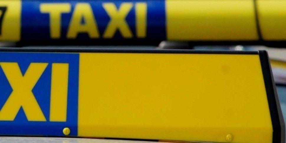 Taxi Drivers Raise Passenger S...