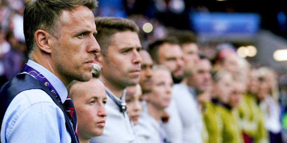 Phil Neville confirms he'll le...