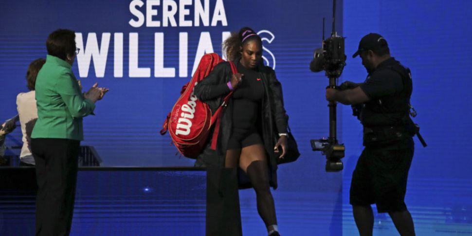 Serena sees off Sharapova in U...