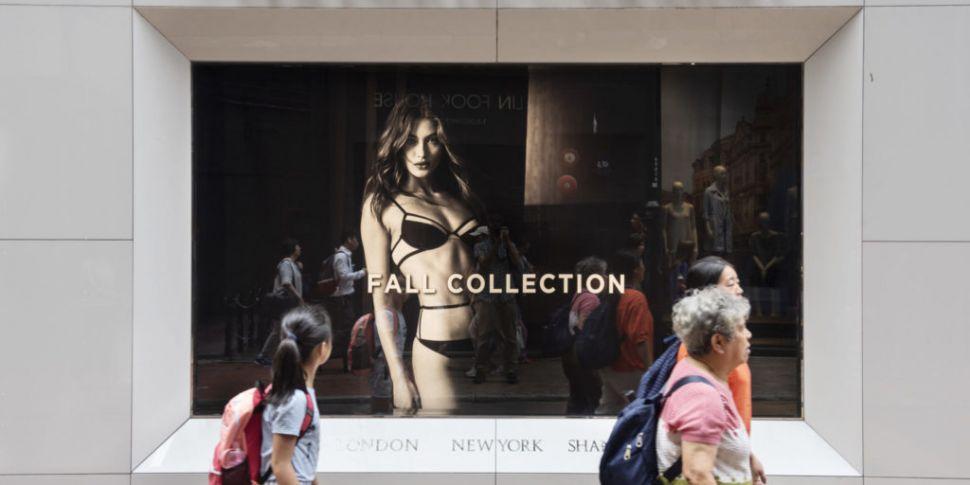 Victoria's Secret Pop-Up Opens...