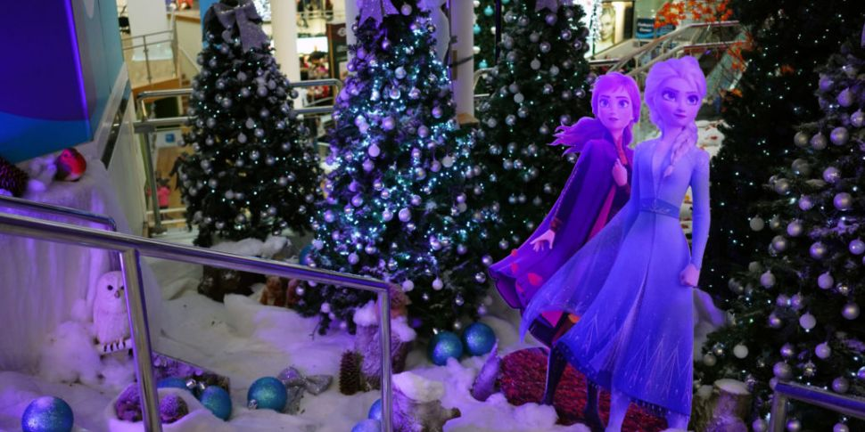 Frozen 2 Themed Mall Opens In...