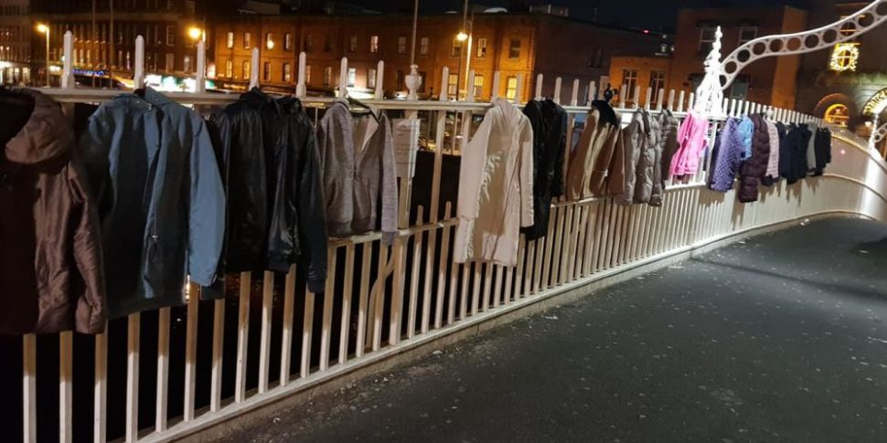 Dubs Asked To Hang Coats For H...