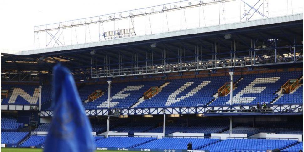 Everton squad in self-isolatio...
