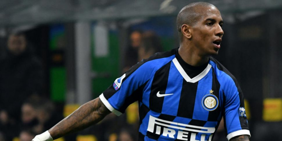 Ashley Young says cancer survi...
