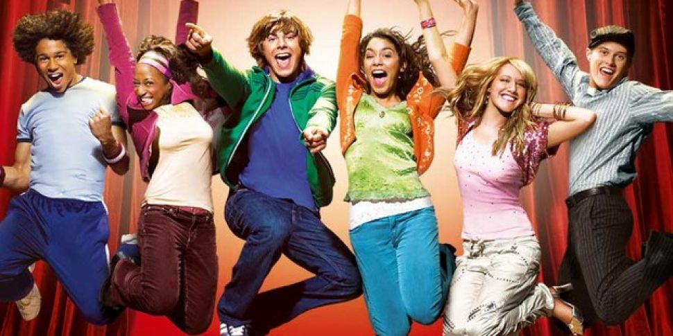 High School Musical Cast To Re...