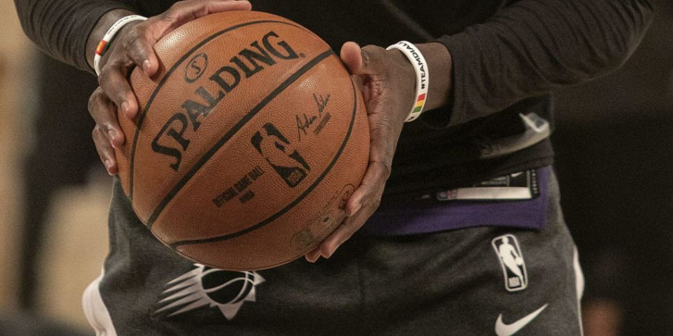 NBA drawing up plans to play m...
