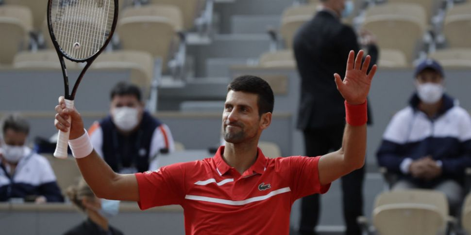 Djokovic into round 3 at Frenc...