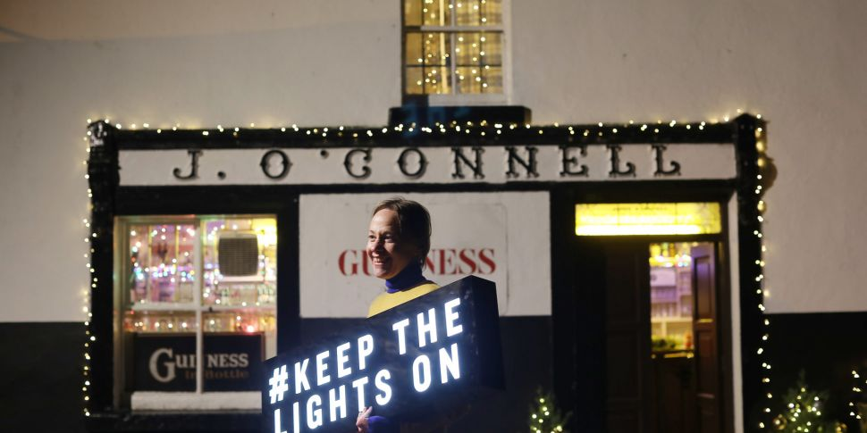 Pubs To Protest With Christmas...