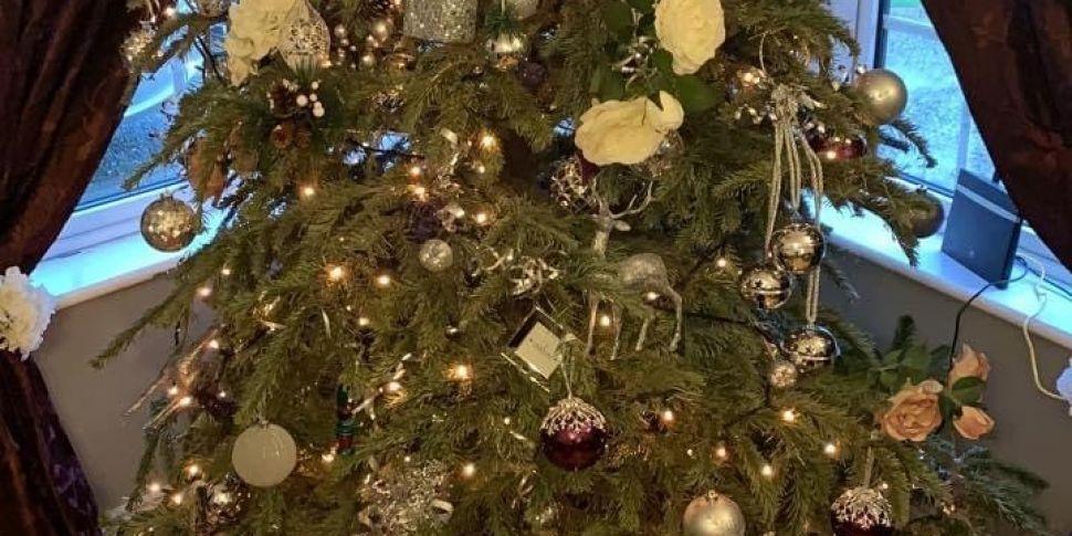 Adrian's Christmas Tree Simply...