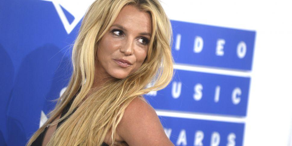 Britney Spears Deletes Instagr...