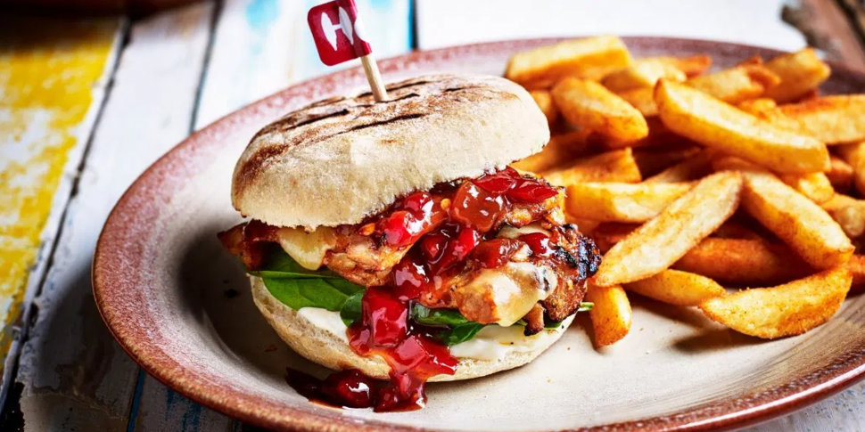 The Sunset Burger Is Back On T...