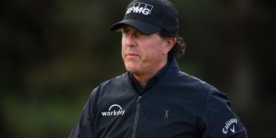 Mickelson drops out of Top 100...
