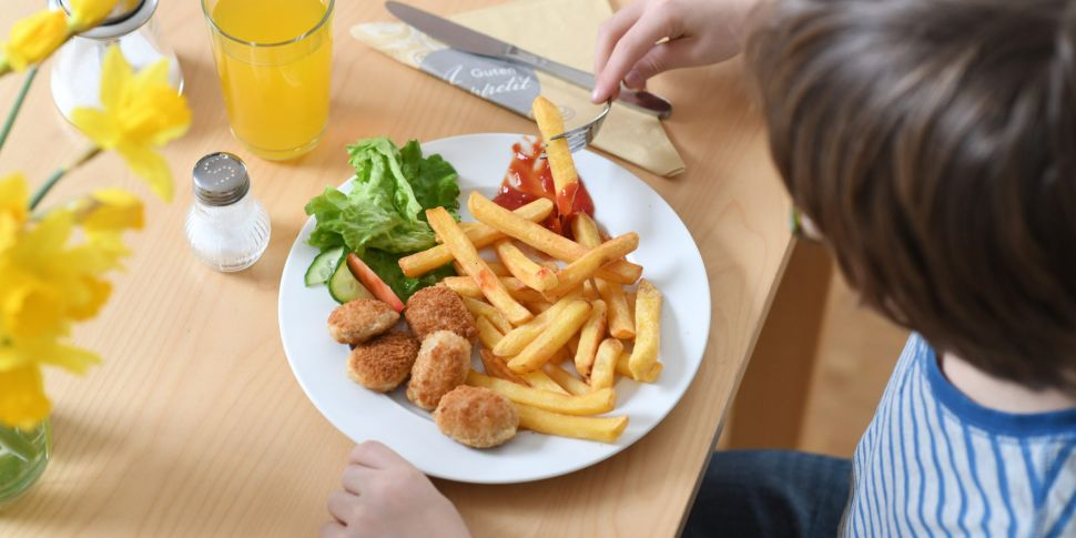Children Set To Be Allowed Din...