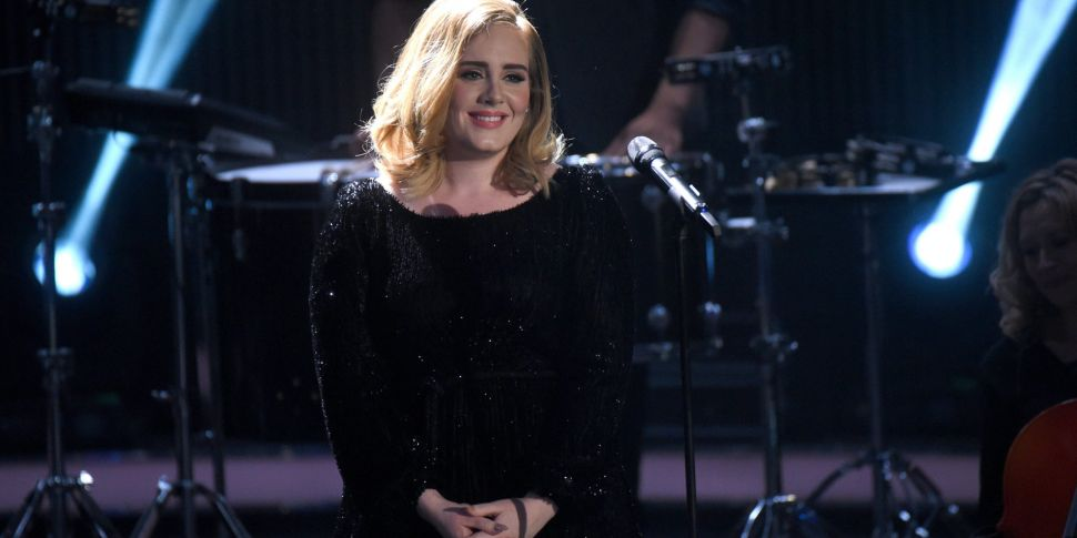 Adele Confirms Comeback With N...