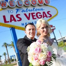 This Man And His Wife Got Married On Their Own In LA And Their Family Were Not Happy