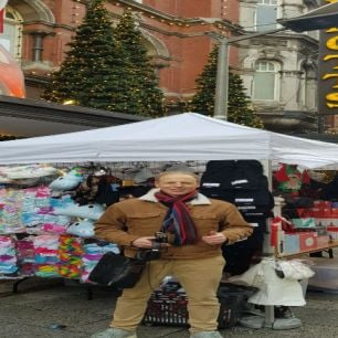 Jeremy Becomes A Moore Street Vendor For A Day