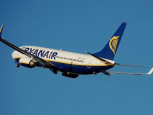 Ryanair Launches Massive Christmas Sale