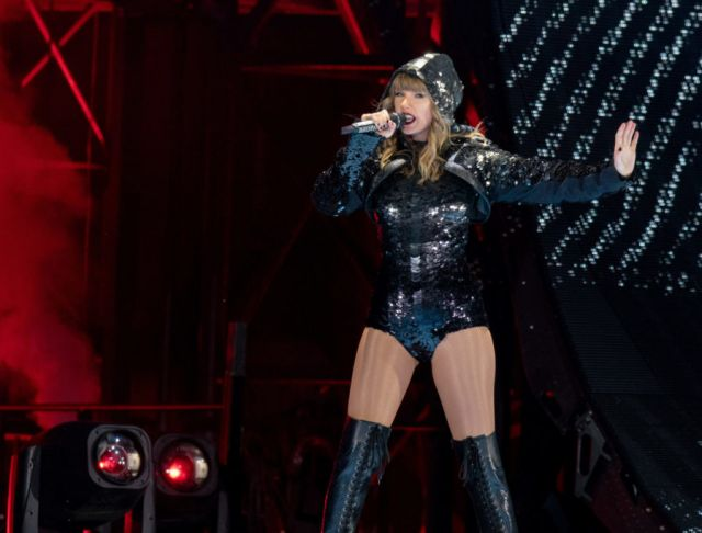 Netflix's Releases Trailer For Taylor Swift Concert Documentary