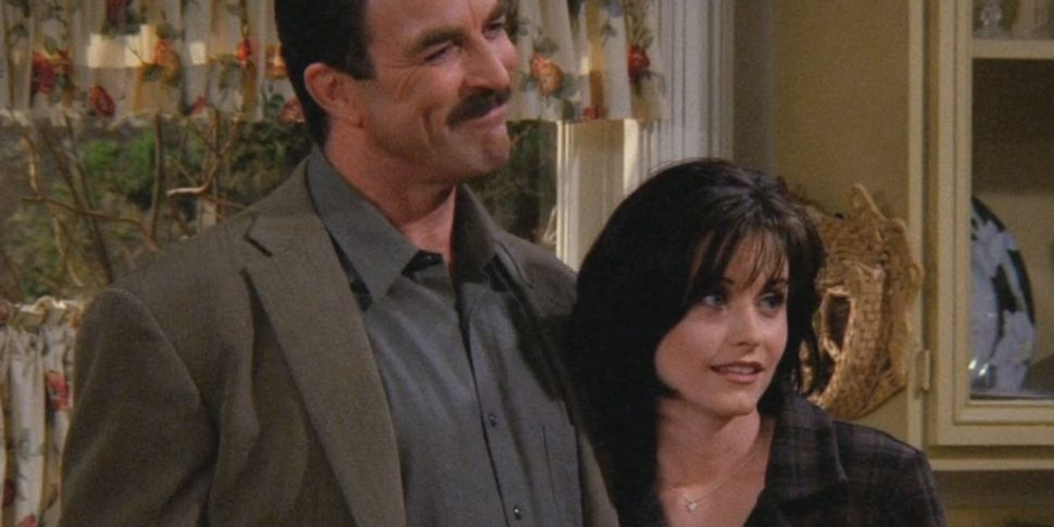 Friends Reunion: Courteney Cox Bumps In To Tom Selleck | www