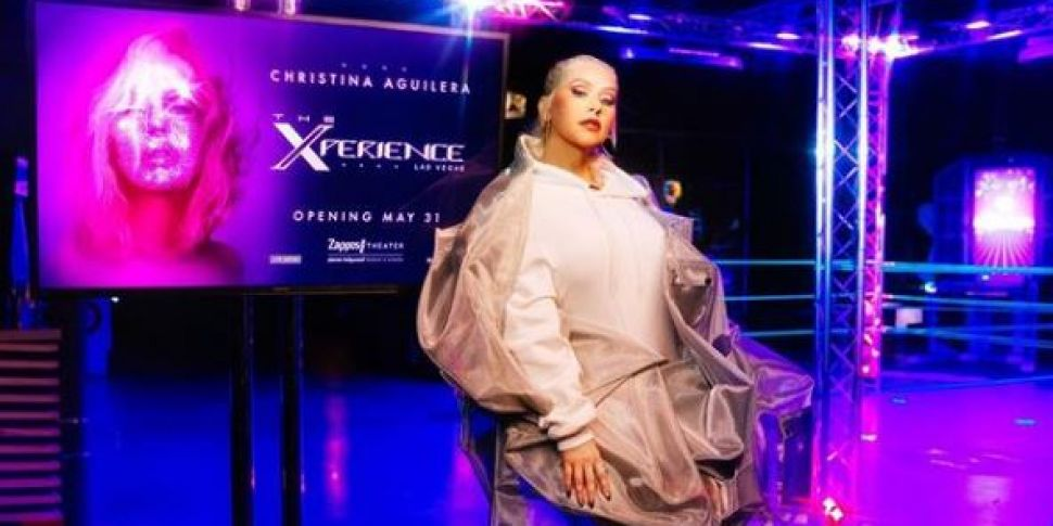 Christina Aguilera Announces L...