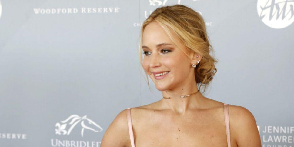 Jennifer Lawrence Engaged To C...