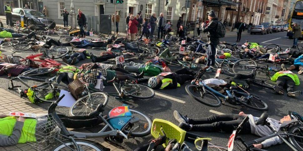 Dublin Cyclists Fall To The Gr...