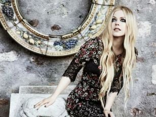 Avril Lavigne Has Given Her Fi...