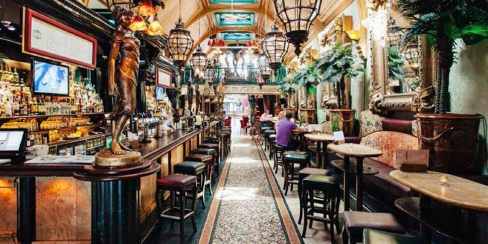 Cafe en Seine is hiring