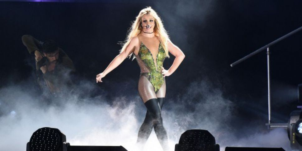 Britney Spears Announces 3Aren...