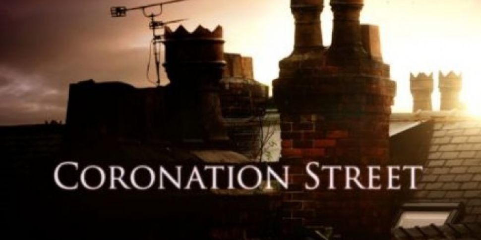 Corrie Star Gives Birth To A B...