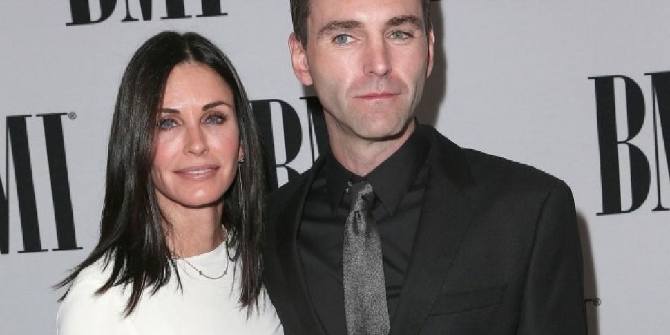 Courteney Cox To Marry Snow Pa...
