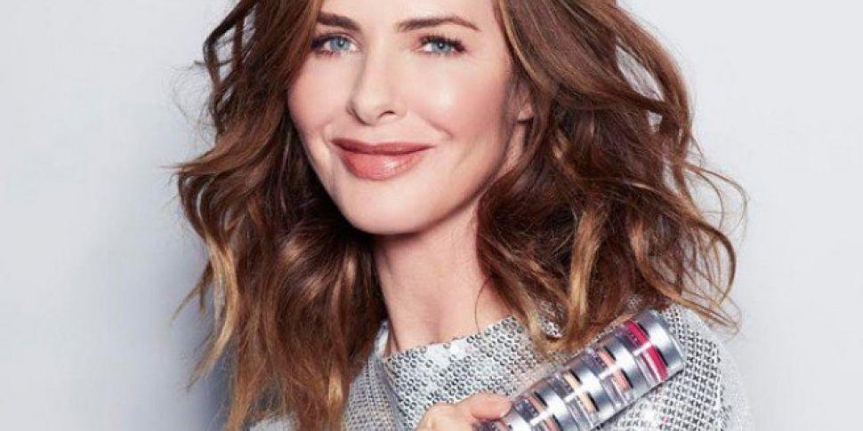 Trinny Woodall Brings Makeup P...