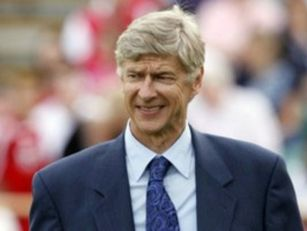 Arsenal Pick Up First League W...