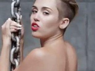Miley's naked video breaks rec...