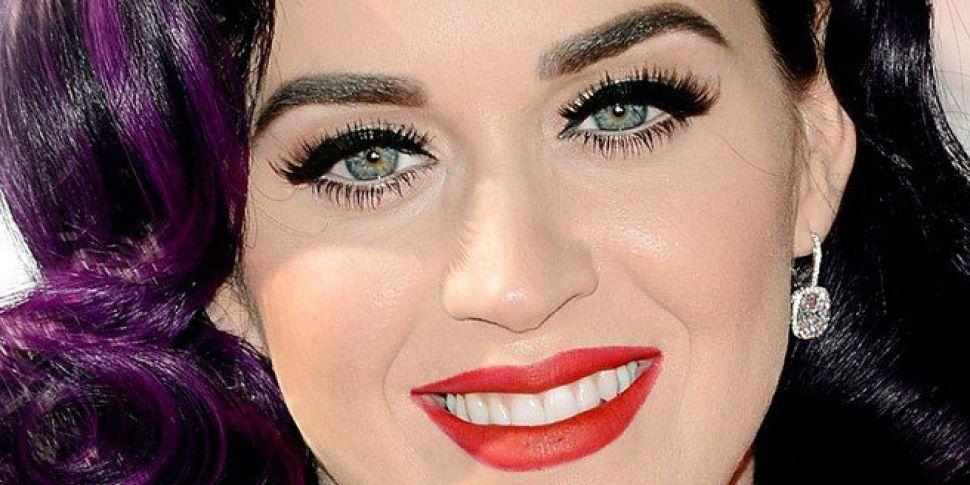 Katy Perry Flirts With Daniel...