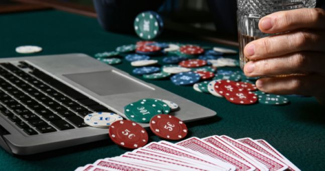 How To Play Online Poker With Friends During The Lockdown | Balls.ie