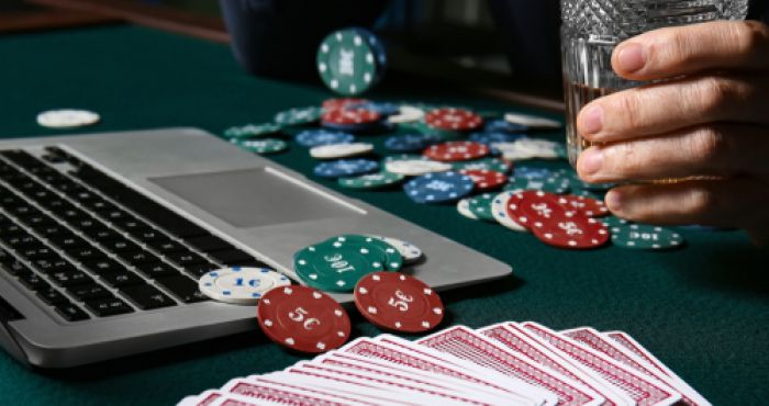 How To Play Online Poker With Friends During The Lockdown Balls Ie