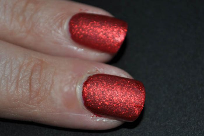 A New Way With Matte Nails Glitter Gets Dulled Down For Aw11 Beaut Ie