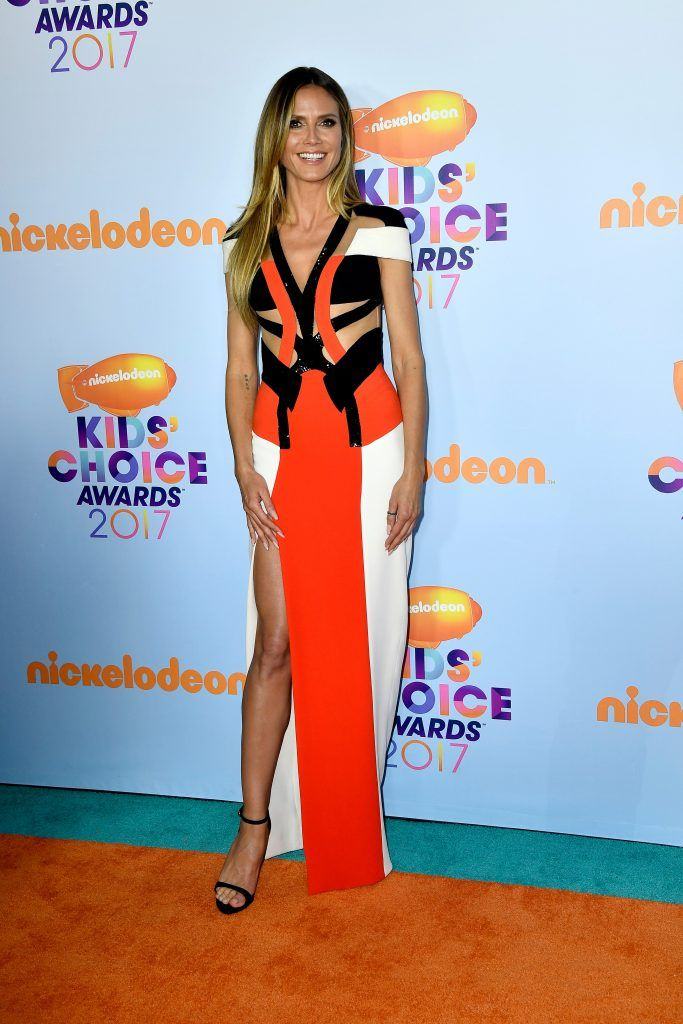 Model Heidi Klum at Nickelodeon's 2017 Kids' Choice Awards at USC Galen Center on March 11, 2017 in Los Angeles, California.  (Photo by Frazer Harrison/Getty Images)