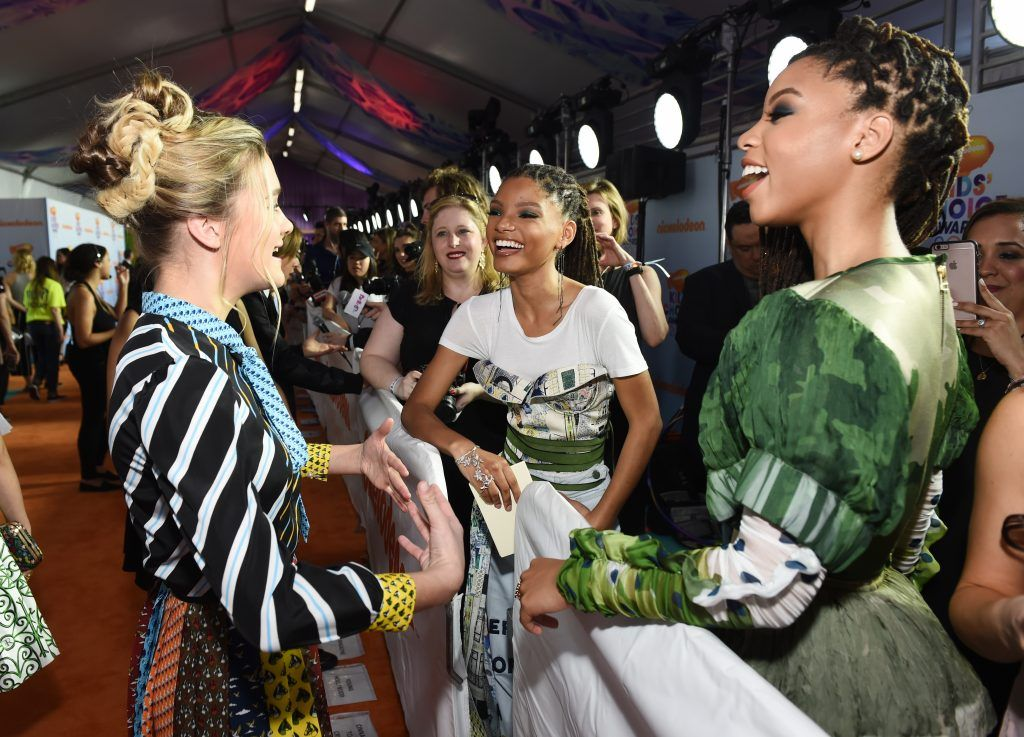 (L-R) Actors Lizzy Greene, Chloe Bailey, and Halle Bailey at Nickelodeon's 2017 Kids' Choice Awards at USC Galen Center on March 11, 2017 in Los Angeles, California.  (Photo by Emma McIntyre/Getty Images)