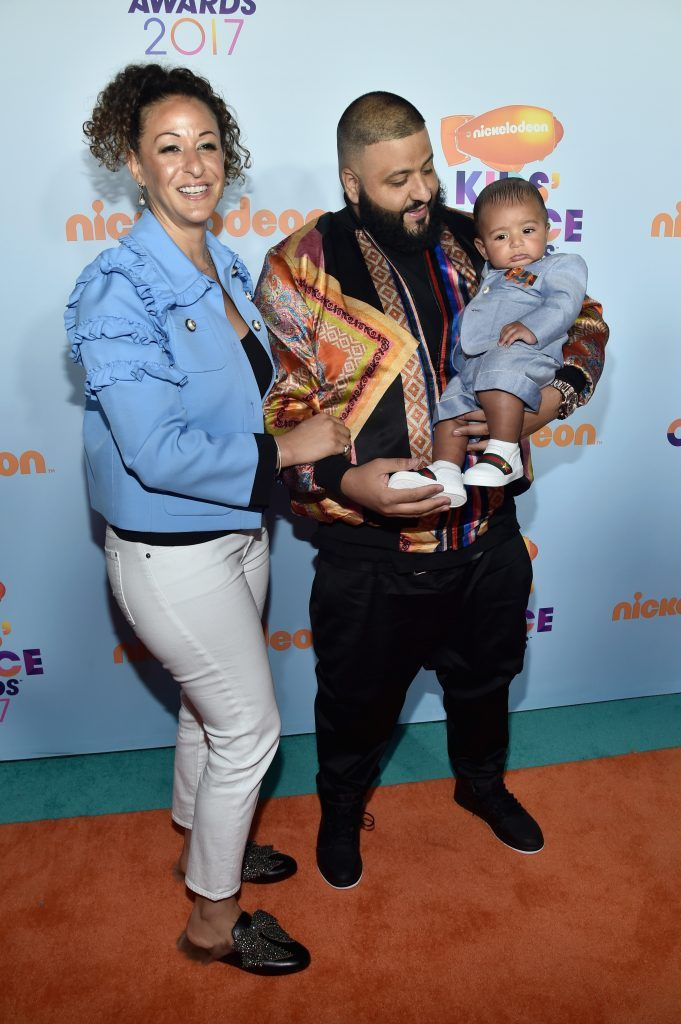 DJ Khaled (C) with Nicole Tuck and Asahd Tuck Khaled at Nickelodeon's 2017 Kids' Choice Awards at USC Galen Center on March 11, 2017 in Los Angeles, California.  (Photo by Alberto E. Rodriguez/Getty Images)