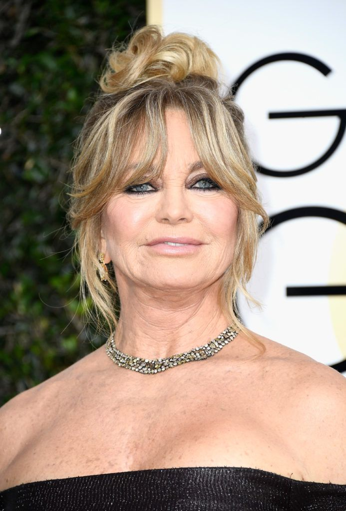 BEVERLY HILLS, CA - JANUARY 08:  Goldie Hawn attends the 74th Annual Golden Globe Awards at The Beverly Hilton Hotel on January 8, 2017 in Beverly Hills, California.  (Photo by Frazer Harrison/Getty Images)