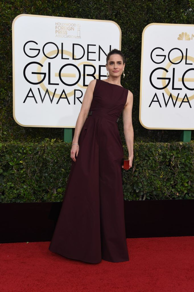 Actress Amanda Peet arrives at the 74th annual Golden Globe Awards, January 8, 2017, at the Beverly Hilton Hotel in Beverly Hills, California.        (Photo VALERIE MACON/AFP/Getty Images)