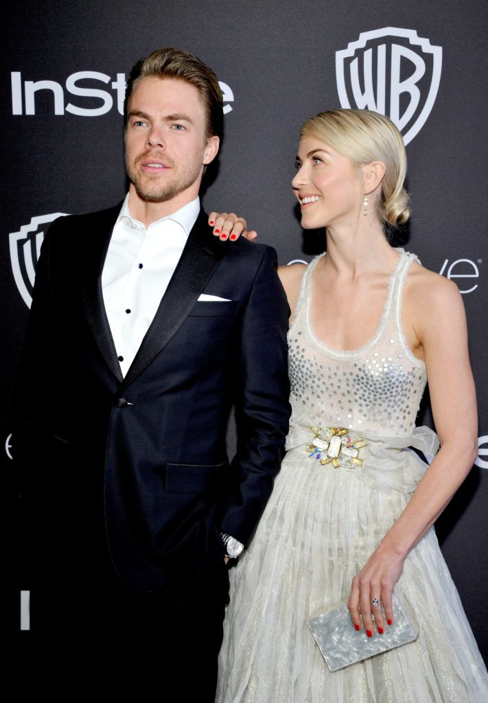 BEVERLY HILLS, CA - JANUARY 08:  Dancers Derek Hough (L) and Julianne Hough attend The 2017 InStyle and Warner Bros. 73rd Annual Golden Globe Awards Post-Party at The Beverly Hilton Hotel on January 8, 2017 in Beverly Hills, California.  (Photo by John Sciulli/Getty Images for InStyle)