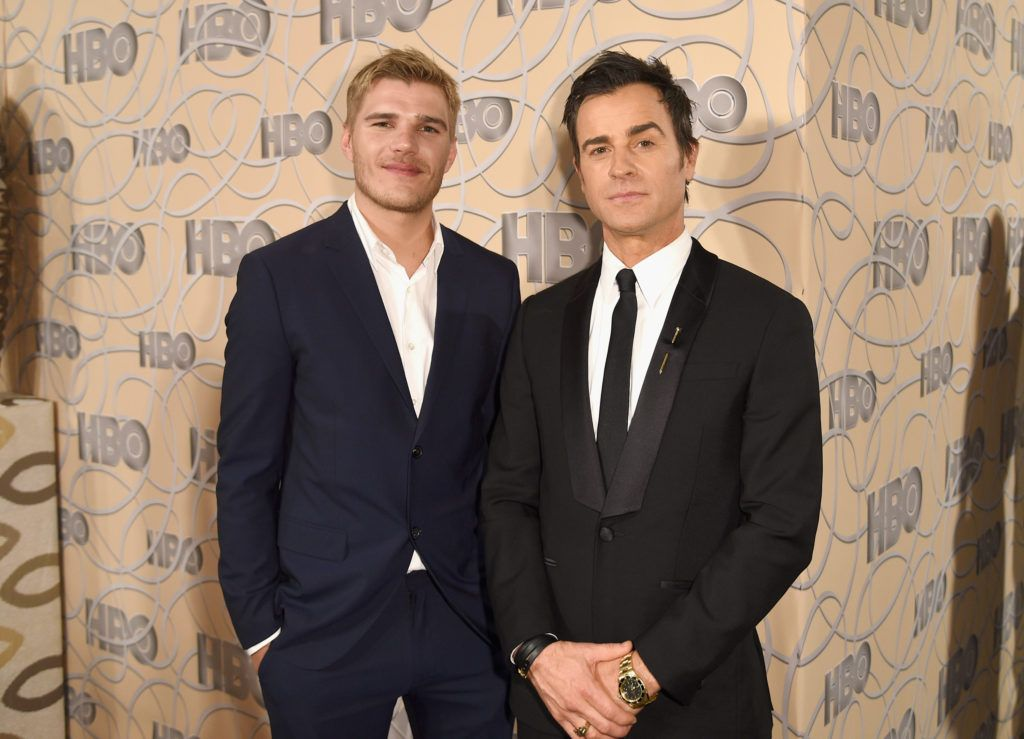 BEVERLY HILLS, CA - JANUARY 08:  Actor Chris Zylka (L) and Justin Theroux attend HBO's Official Golden Globe Awards After Party at Circa 55 Restaurant on January 8, 2017 in Beverly Hills, California.  (Photo by Joshua Blanchard/Getty Images)