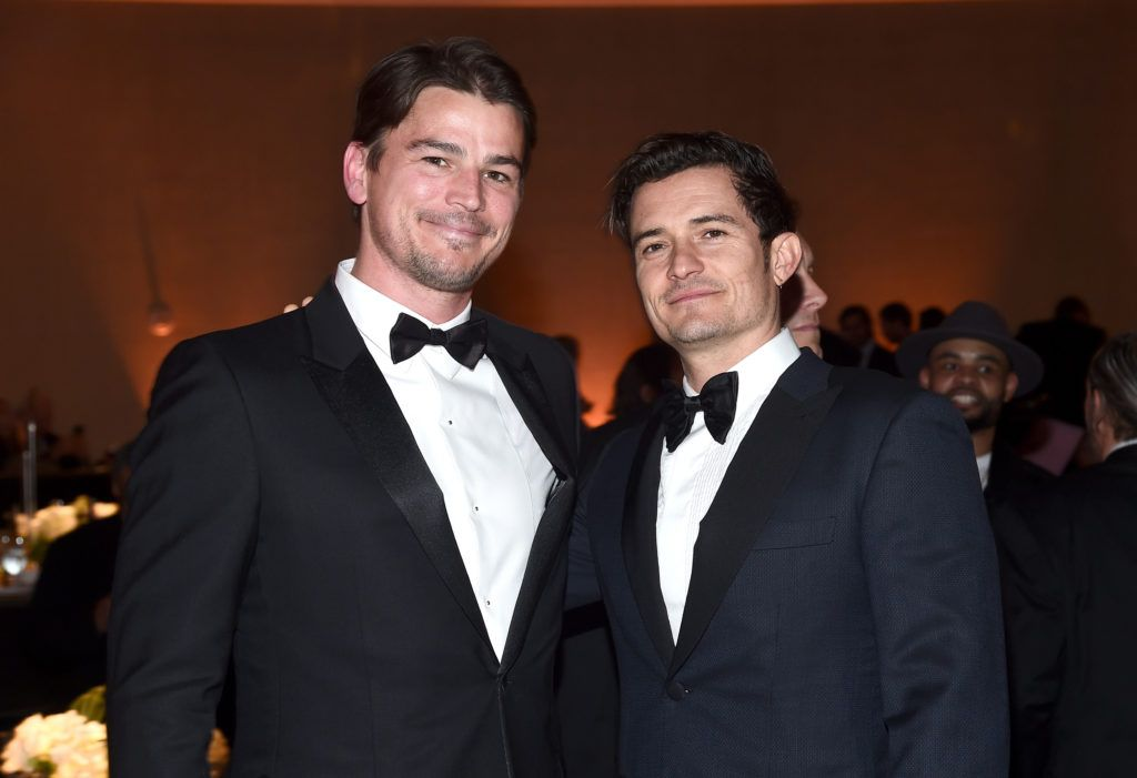 Josh Hartnett (L) and Orlando Bloom attend the 69th Annual Directors Guild of America Awards at The Beverly Hilton Hotel on February 4, 2017 in Beverly Hills, California.  (Photo by Alberto E. Rodriguez/Getty Images for DGA)