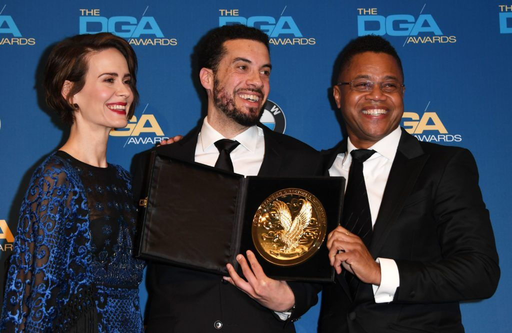 "Director Ezra Edelman poses with the award for Best Director of a Documentary for ""O.J.: Made In America,"" with actors Sarah Paulson (L) and Cuba Gooding Jr (R), in the press room at the 69th Annual Directors Guild Awards (DGA), February 4, 2017 in Beverly Hills, California.   (Photo MARK RALSTON/AFP/Getty Images)"